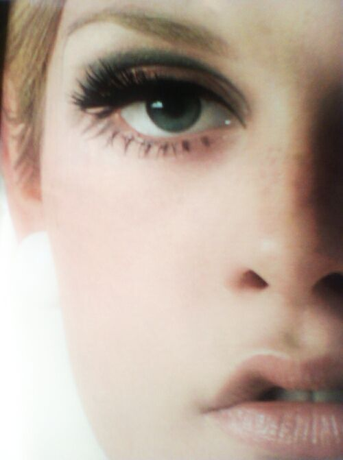 twiggy eye